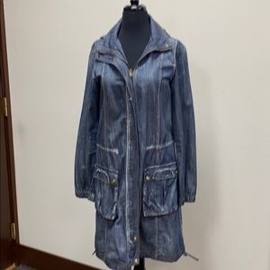 Lightweight long denim jacket